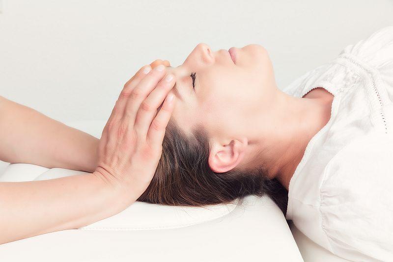 Cranio-Sacrale-Therapie-Ihr-Wohlfuehl-Haus-Issum-800x534